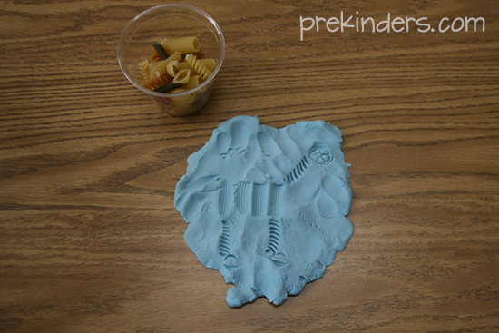 dino skeleton play dough