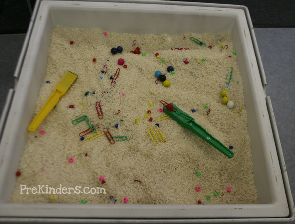 magnets in the sensory table